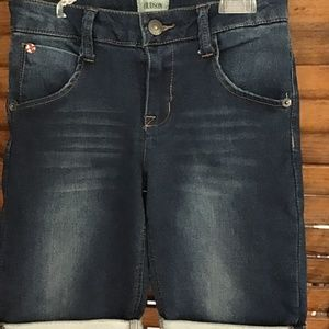 HUDSON JEANS DISTRESSED COTTON STRETCH JEANS. 14